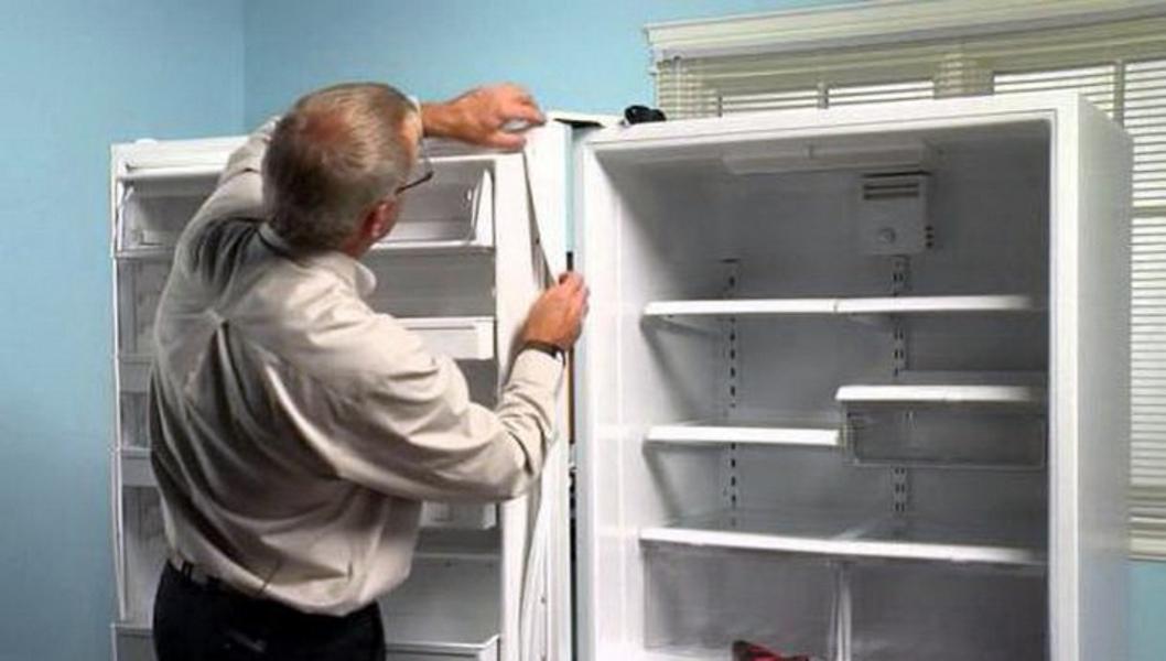 Замена уплотнительной на холодильнике стинол 102